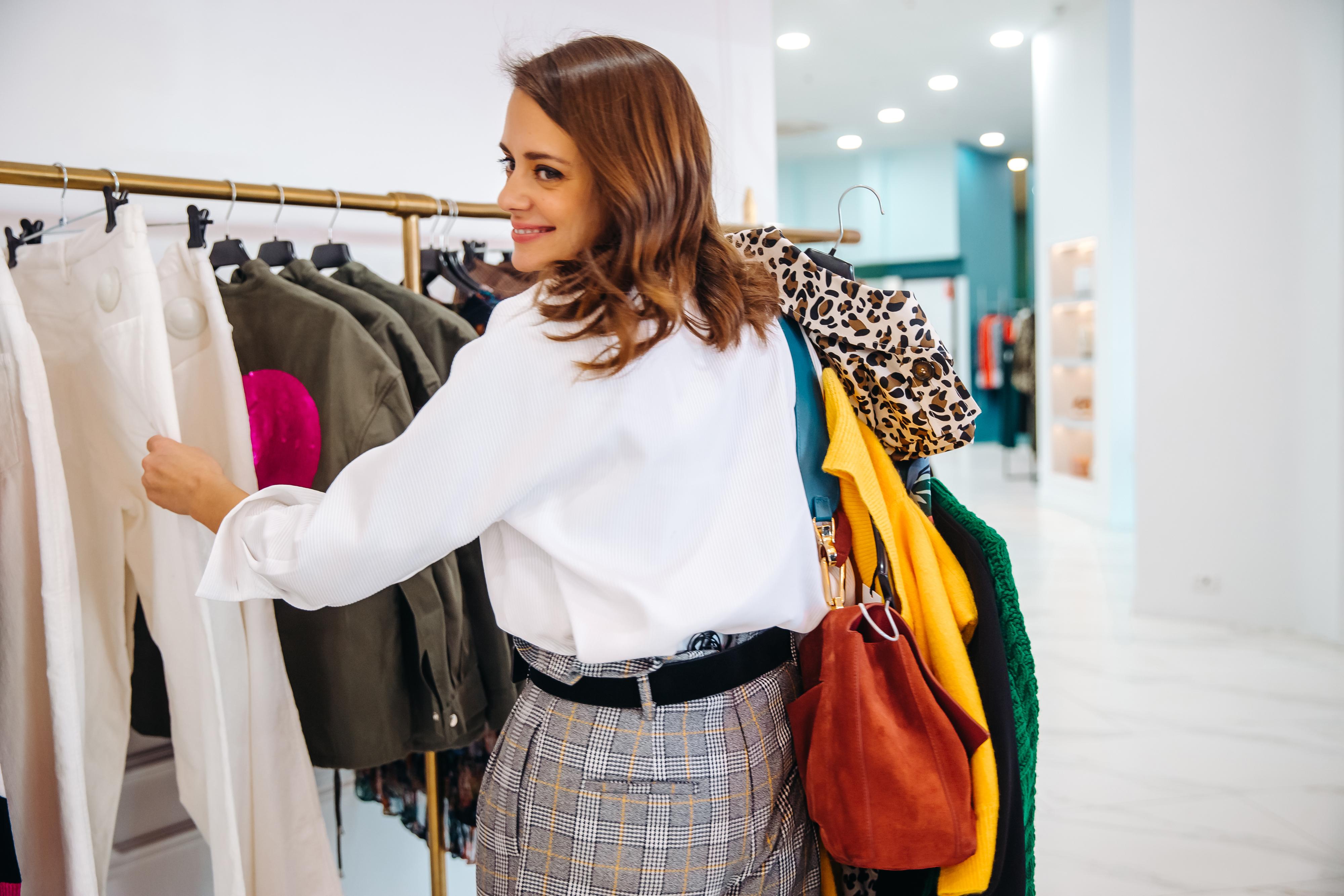 Разбор гардероба со стилистом в Москве